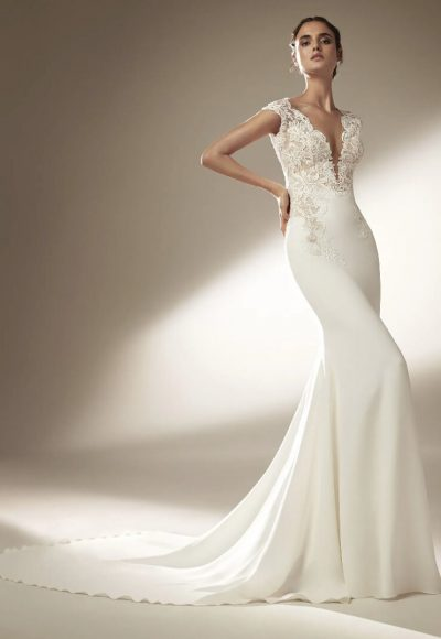 Sleeveless Mermaid Wedding Dress With V-neck by Pronovias