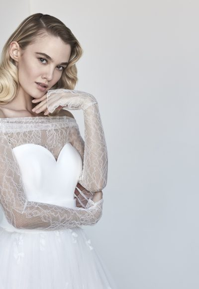 Sweetheart A-line Wedding Dress With Removable Lace Shrug by Maison Signore
