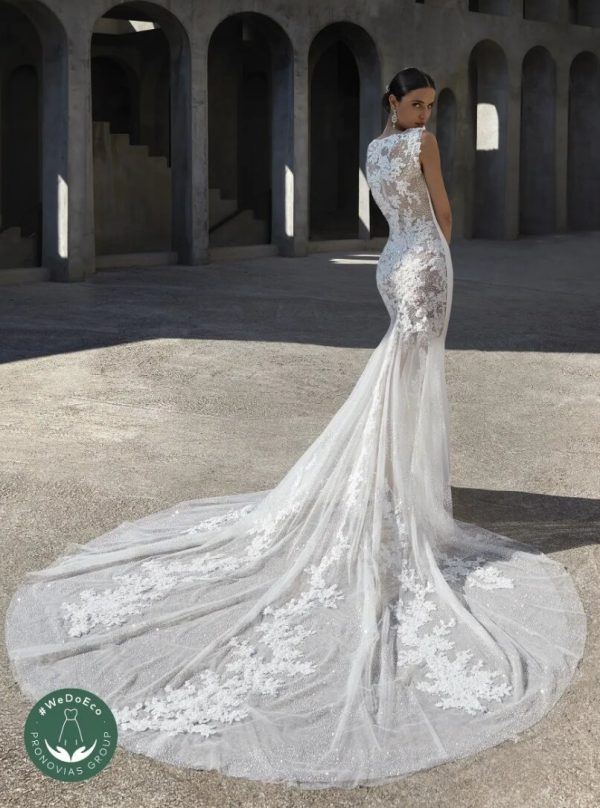 Mermaid Wedding Dress With Boat Neckline And Tattoo-effect Back by Pronovias - Image 2