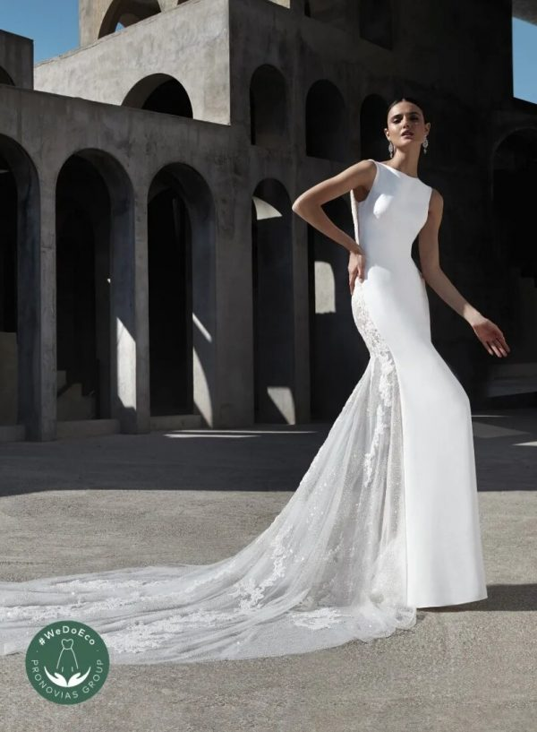 Mermaid Wedding Dress With Boat Neckline And Tattoo-effect Back by Pronovias - Image 1