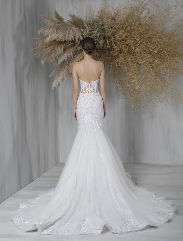Strapless Sweetheart Lace Mermaid Tulle Skirt Wedding Dress by Tony Ward - Image 2