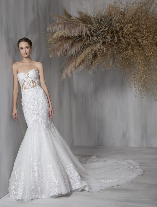Strapless Sweetheart Lace Mermaid Tulle Skirt Wedding Dress by Tony Ward - Image 1