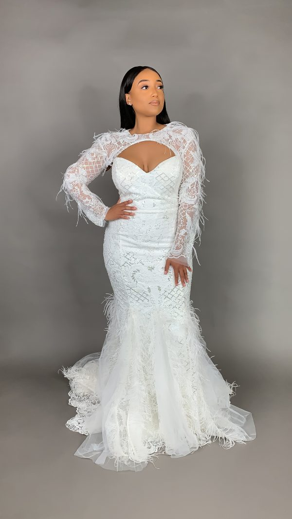 Plus Size Strapless Sweetheart Neckline Mermaid Wedding Dress With Feathers And Beaded Lace by Pantora Bridal - Image 3