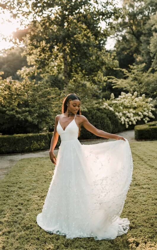 Simple And Casual Wedding Dress With 3d Details by Martina Liana - Image 1