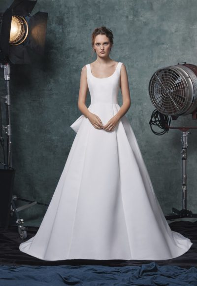 Simple Scoop Neckline Ball Gown Wedding Dress by Sareh Nouri