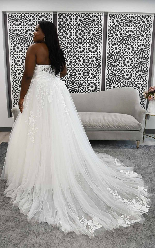 Strapless A-line Plus Size Wedding Dress With Illusion Plunge by Stella York - Image 2