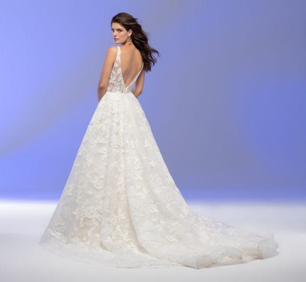 Sleeveless V-neck Lace A-line Wedding Dress by Lazaro - Image 2