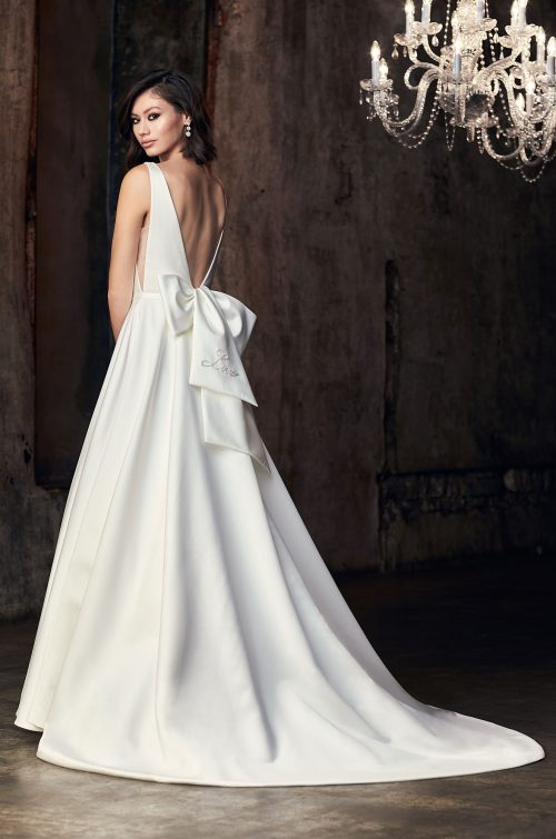 Sleeveless V-neck Ball Gown Wedding Dress by Mikaella - Image 2
