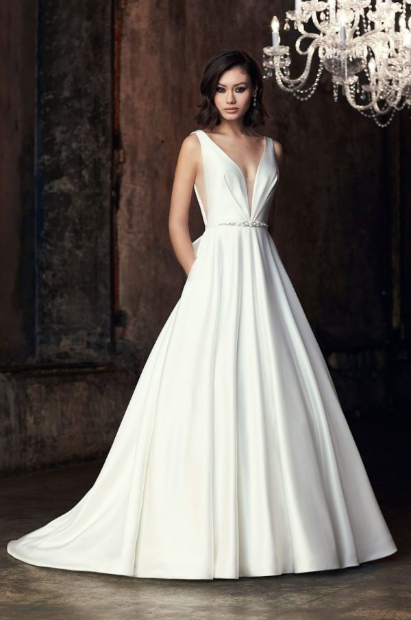 Sleeveless V-neck Ball Gown Wedding Dress by Mikaella - Image 1
