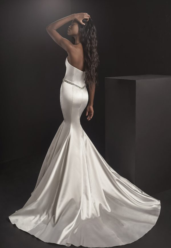 Strapless Sweetheart Neckline Mermaid Wedding Dress With Embroidered Belt by Pnina Tornai - Image 2