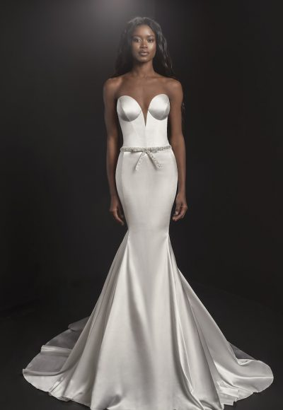 Strapless Sweetheart Neckline Mermaid Wedding Dress With Embroidered Belt by Pnina Tornai