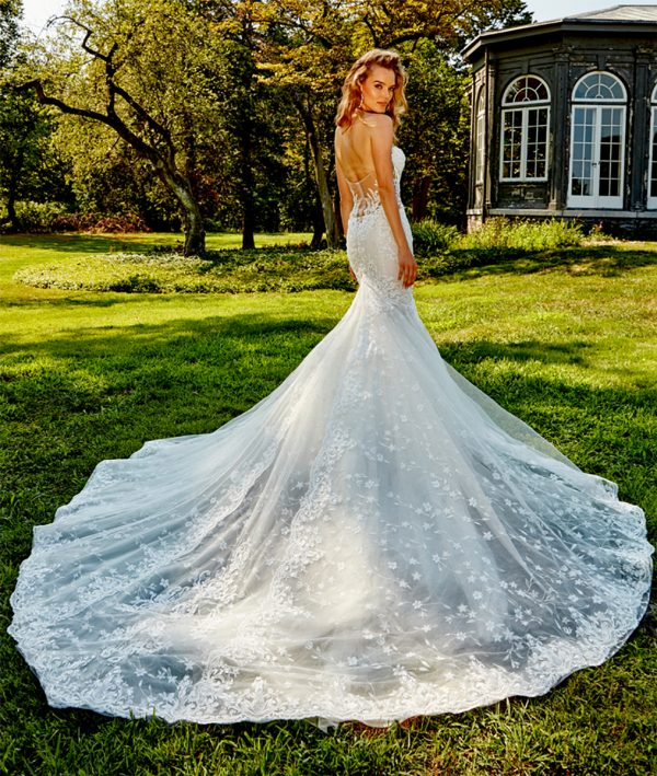 STRAPLESS BEADED AND EMBROIDERED FIT AND FLARE PLUS SIZE WEDDING DRESS by Eve of Milady - Image 2