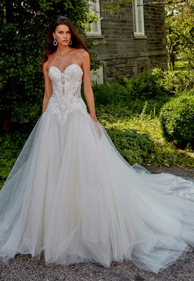 Strapless Sweetheart Neckline Hand Beaded Bodice A-line Tulle Skirt Wedding Dress by Eve of Milady