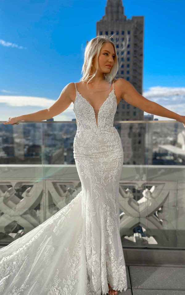 Sexy 3D Lace Wedding Dress With V-neck And Beading by Martina Liana - Image 1