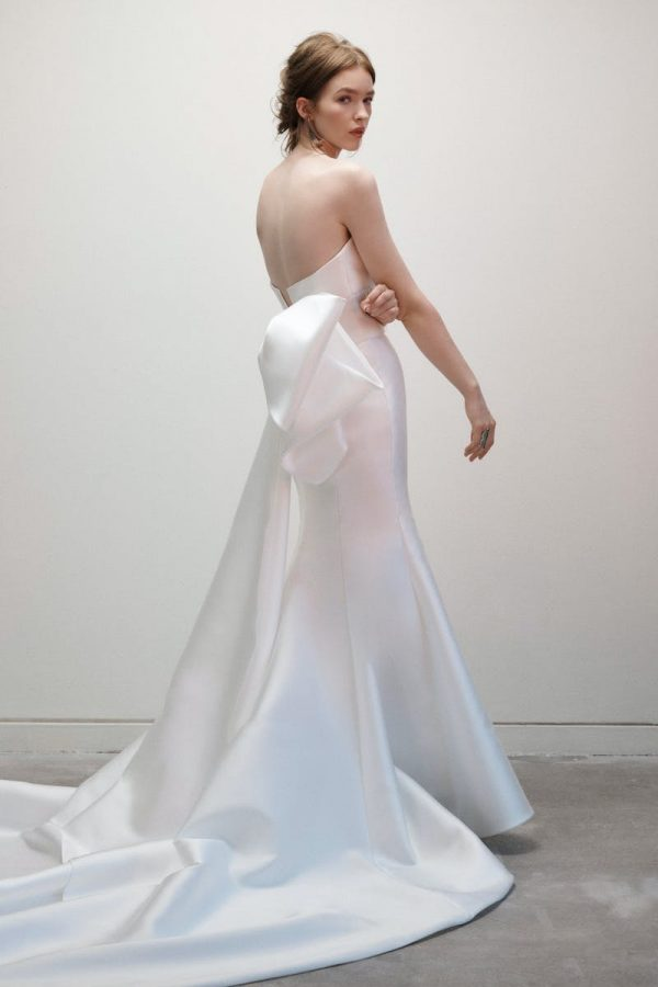 Strapless V-neck Fit And Flare Silk Wedding Dress With Bow by Rivini - Image 2