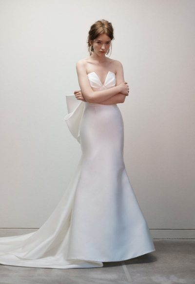 Strapless V-neck Fit And Flare Silk Wedding Dress With Bow by Rivini