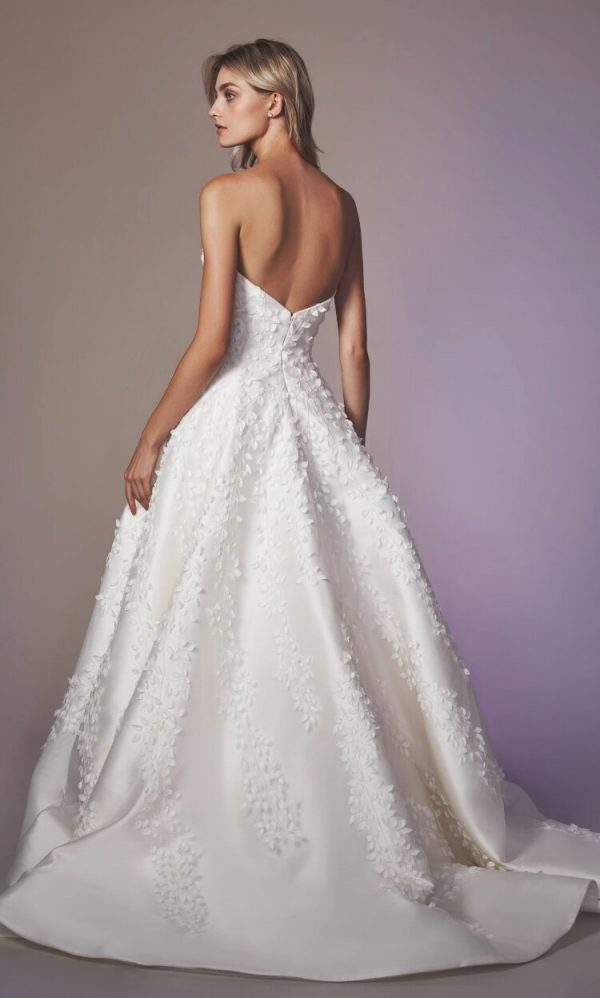Strapless Sweetheart Neckline A-line Wedding Dress With Embroidery by Anne Barge - Image 2