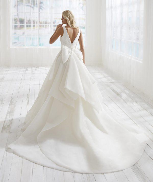 Sleeveless V-neckline A-line Wedding Dress With Bow Detailing by Randy Fenoli - Image 2