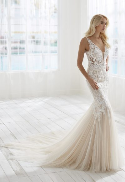 Sleeveless V-nkecline Lace Mermaid Wedding Dress by Randy Fenoli