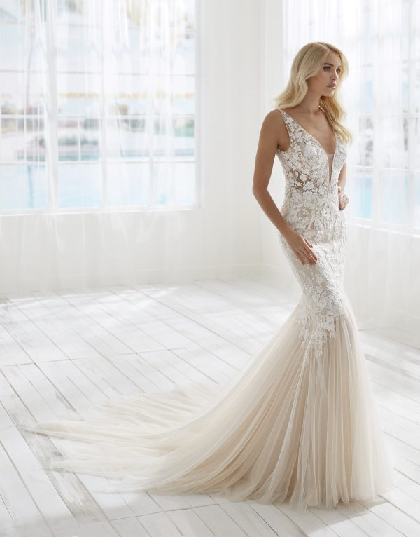 Sleeveless V-nkecline Lace Mermaid Wedding Dress by Randy Fenoli - Image 1
