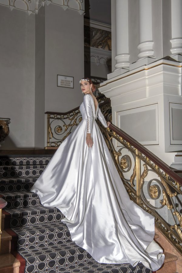 Long Sleeve Simple Silk Ball Gown Wedding Dress by Yumi Katsura - Image 2