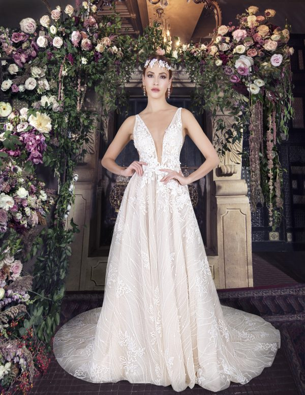 Sleeveless V-neckline A-line Wedding Dress With Floral Lace by Yumi Katsura - Image 1