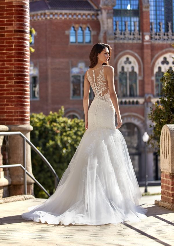 Sleeveless V-neckline Mermaid Wedding Dress with 3D Leaves Throughout by Pronovias x Kleinfeld - Image 2