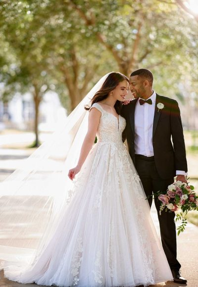 CLASSIC BALLGOWN WEDDING DRESS WITH GLITTER TULLE by Martina Liana