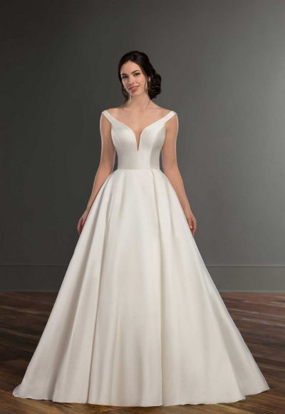 Modern Off The Shoulder Wedding Gown by Martina Liana