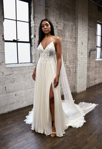 SIMPLE & SOPHISTICATED WEDDING DRESS WITH DETACHABLE STEAMERS by Martina Liana