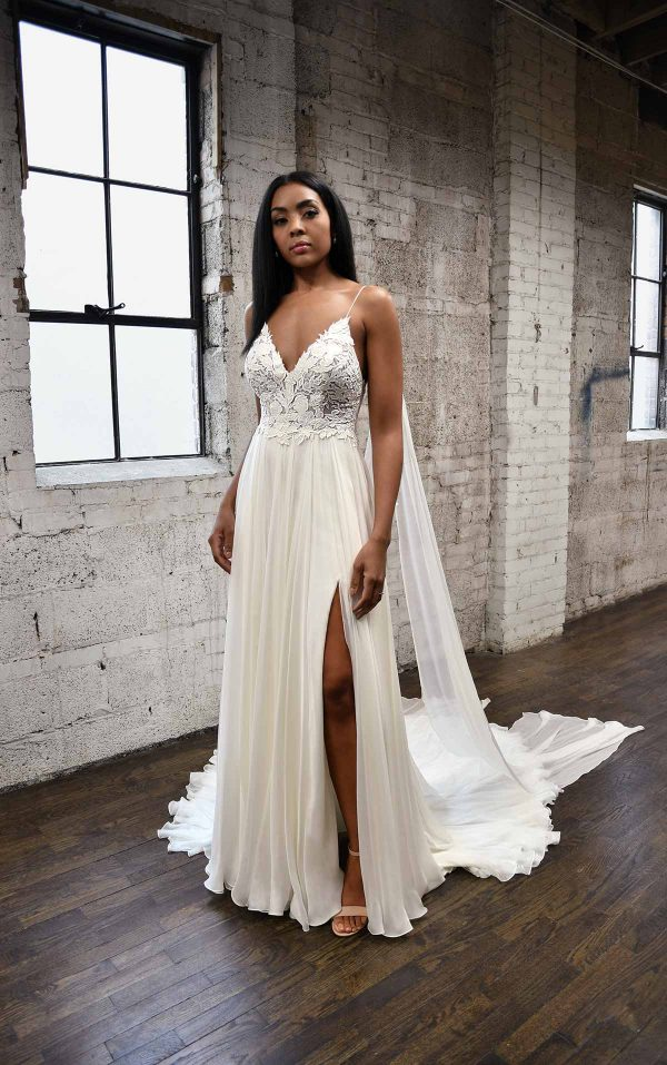 SIMPLE & SOPHISTICATED WEDDING DRESS WITH DETACHABLE STEAMERS by Martina Liana - Image 1