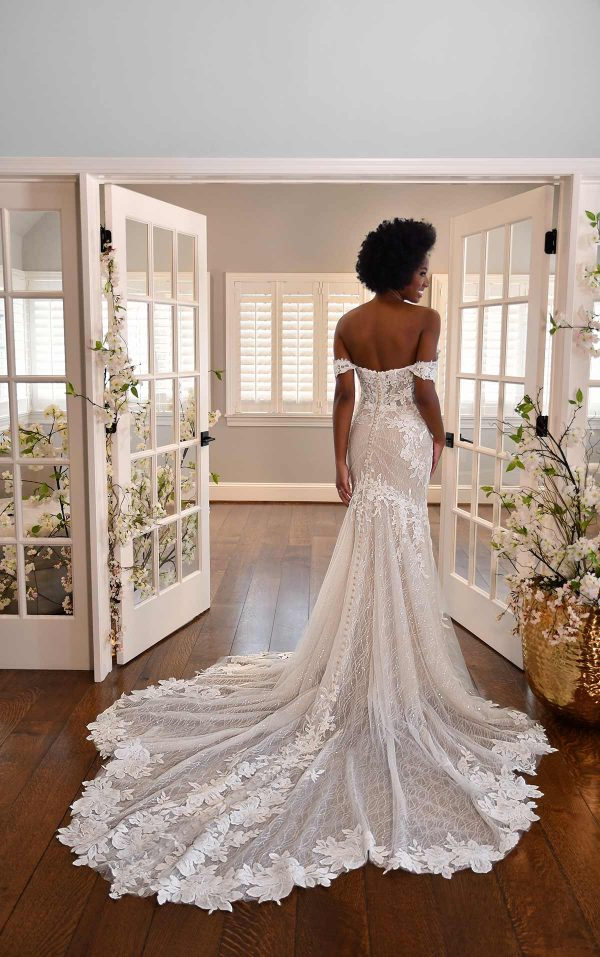 OFF-THE-SHOULDER FLORAL LACE WEDDING DRESS WITH SWEETHEART NECKLINE by Essense of Australia - Image 2
