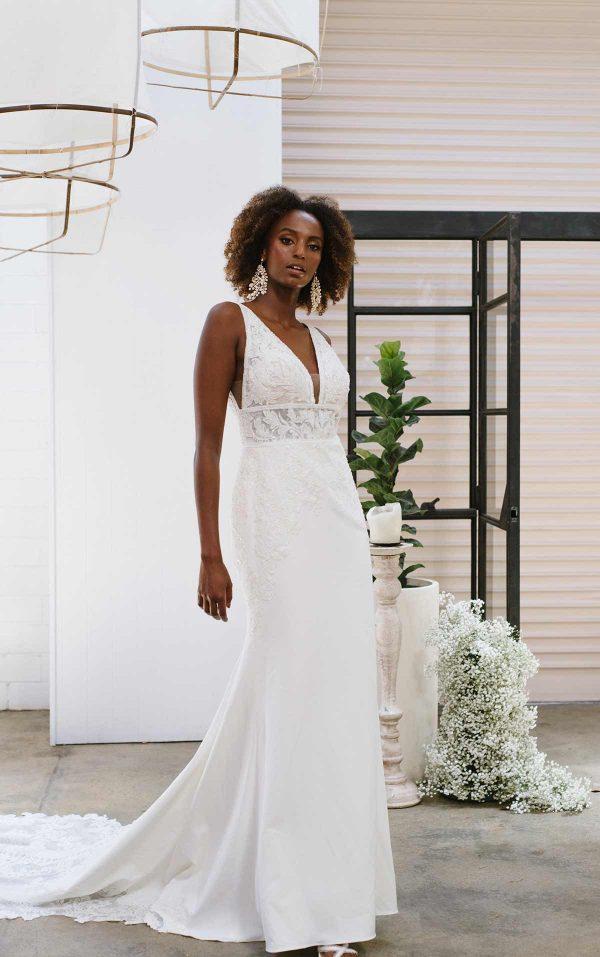 SIMPLE V-NECKLINE WEDDING DRESS WITH LACE APPLIQUE-TRAIN by Essense of Australia - Image 1