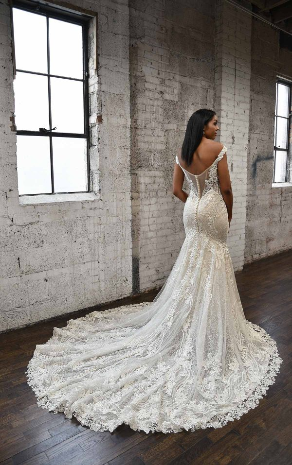 SEXY FIT-AND-FLARE WEDDING DRESS WITH ORNATE LACE EMBELLISHMENTS by Martina Liana - Image 2
