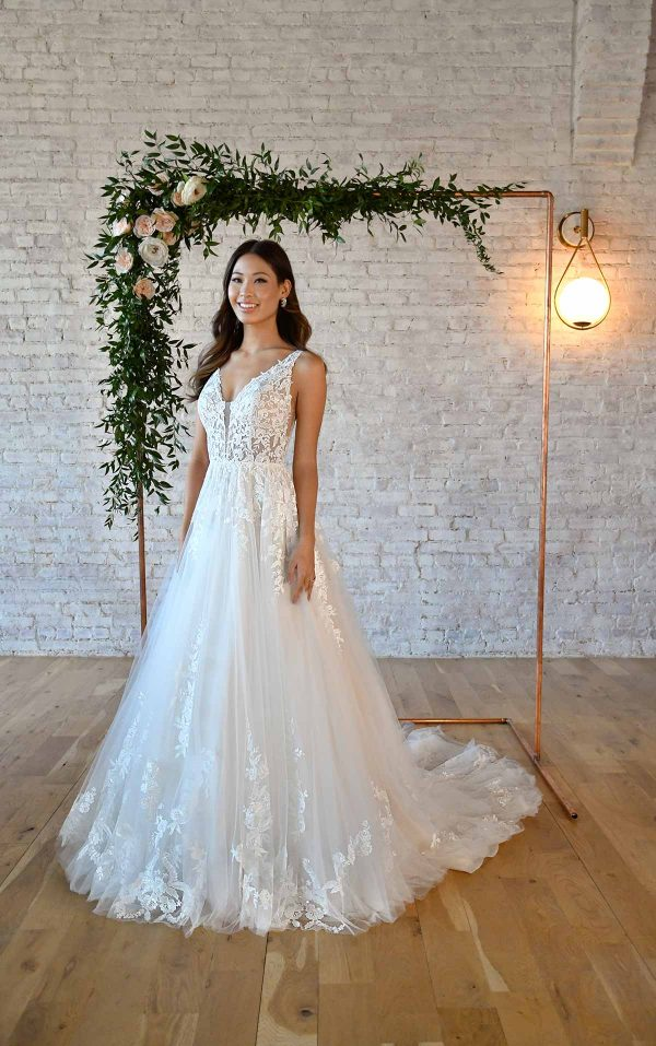 FLORAL LACE WEDDING DRESS WITH PLUNGING V-NECKLINE by Stella York - Image 1