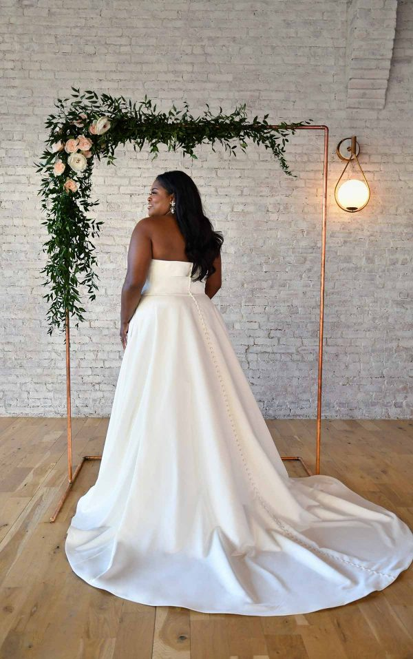 SIMPLE STRAPLESS PLUS-SIZE WEDDING GOWN WITH POCKETS by Stella York - Image 2