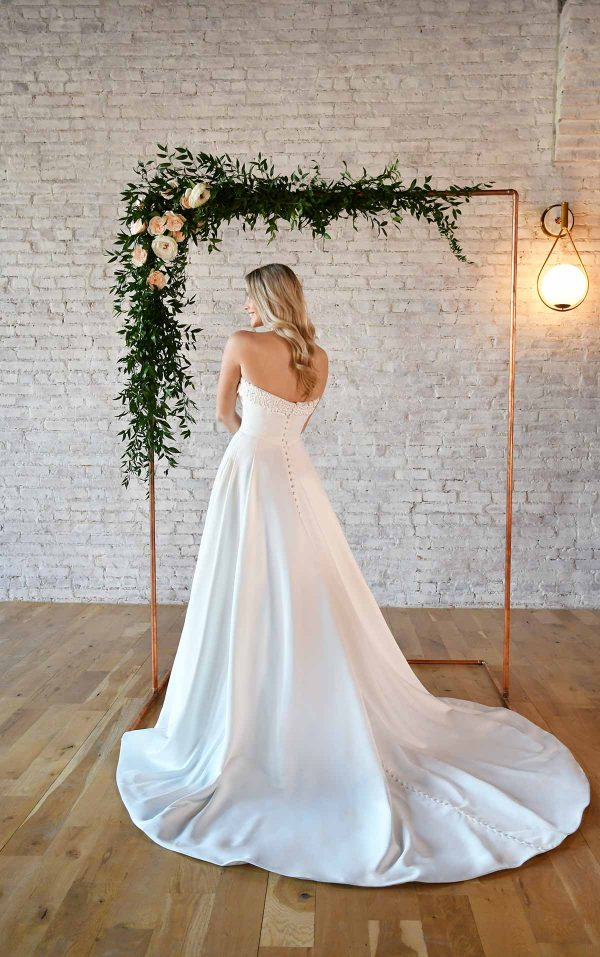 SIMPLE STRAPLESS WEDDING GOWN WITH POCKETS by Stella York - Image 2