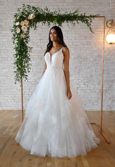 VOLUMINOUS BALLGOWN WEDDING DRESS WITH V-NECKLINE by Stella York