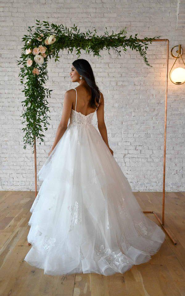 VOLUMINOUS BALLGOWN WEDDING DRESS WITH V-NECKLINE by Stella York - Image 2