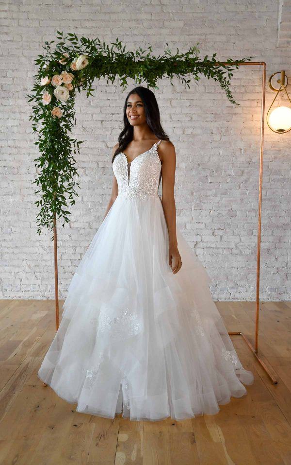 VOLUMINOUS BALLGOWN WEDDING DRESS WITH V-NECKLINE by Stella York - Image 1