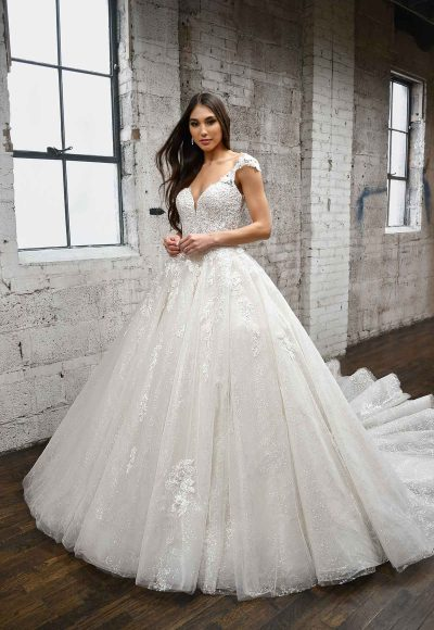 DRAMATIC SPARKLING BALLGOWN WITH LACE DETAILS AND KEYHOLE BACK by Martina Liana
