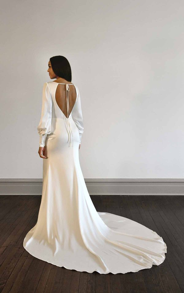 VINTAGE-INSPIRED LONG-SLEEVE WEDDING DRESS WITH OPEN BACK by Martina Liana Luxe - Image 2