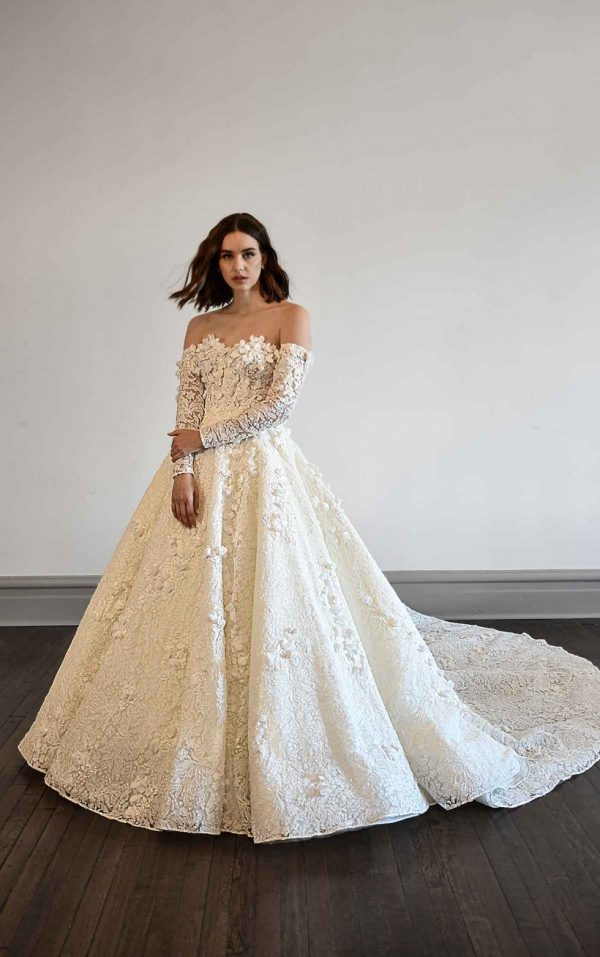VOLUMINOUS BALLGOWN WEDDING DRESS WITH LONG SLEEVES by Martina Liana Luxe - Image 1