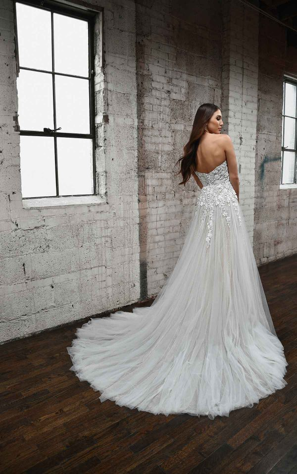 ROMANTIC SWEETHEART NECKLINE WEDDING DRESS WITH FLORAL DETAILS by Martina Liana - Image 2