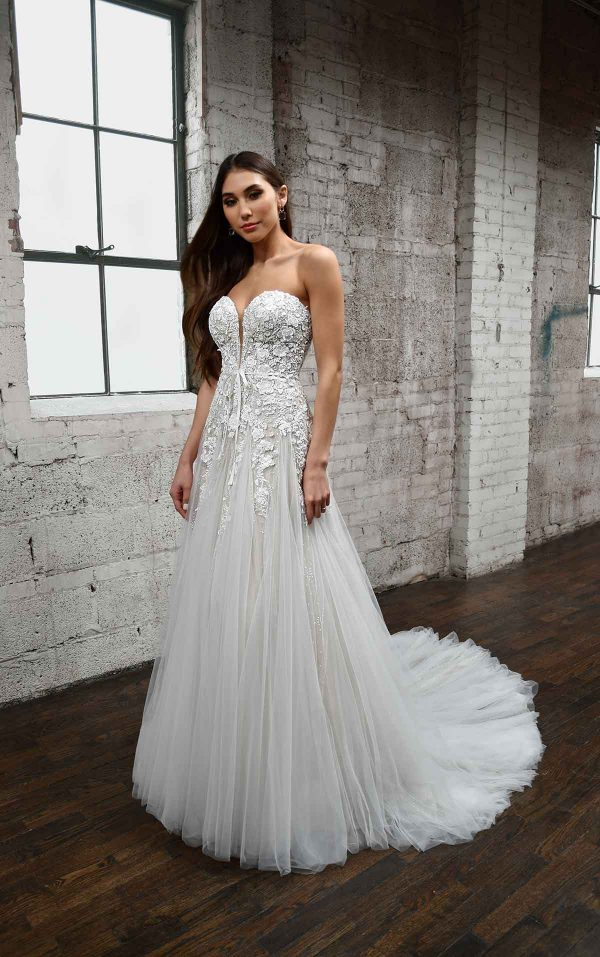 ROMANTIC SWEETHEART NECKLINE WEDDING DRESS WITH FLORAL DETAILS by Martina Liana - Image 1