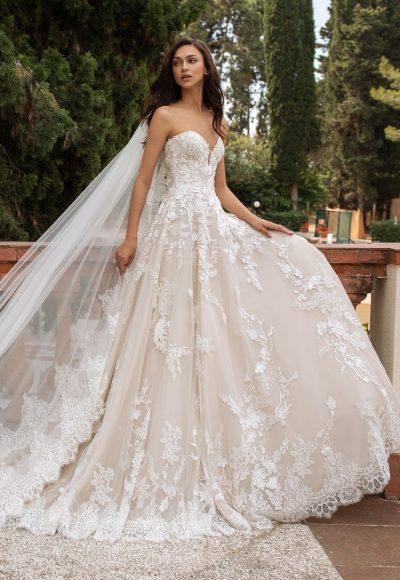 Strapless Sweetheart Neckline Princess Tulle Wedding Dress by Pronovias
